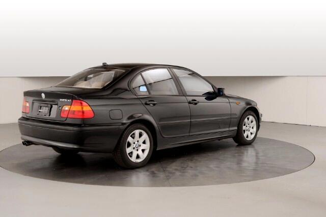 2004 BMW 3-Series 325xi Sedan