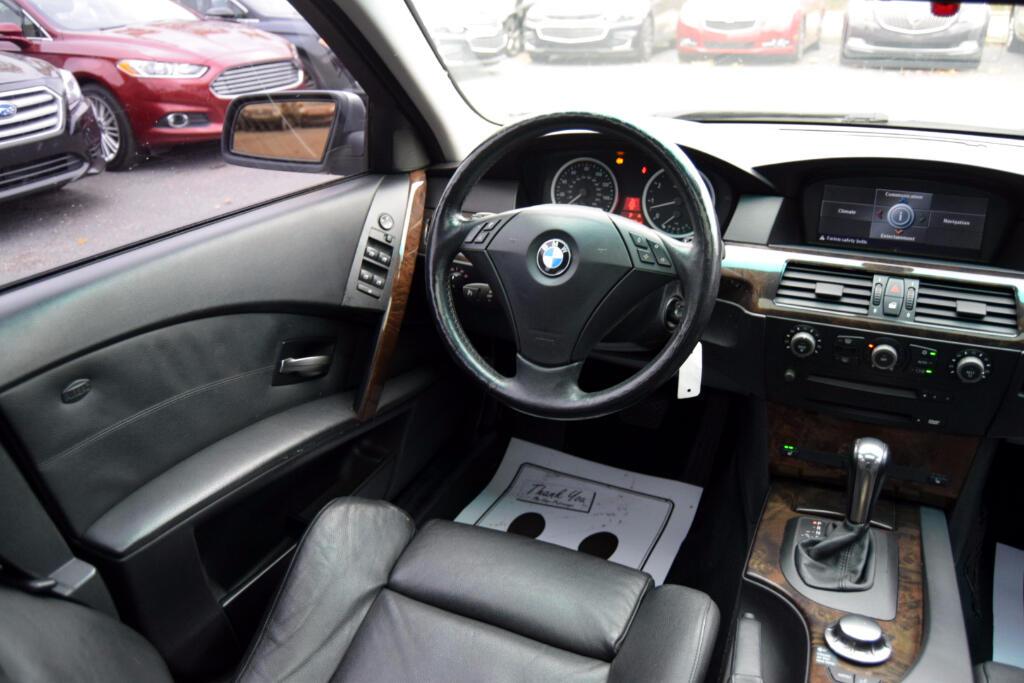 2005 BMW 5-Series 530i