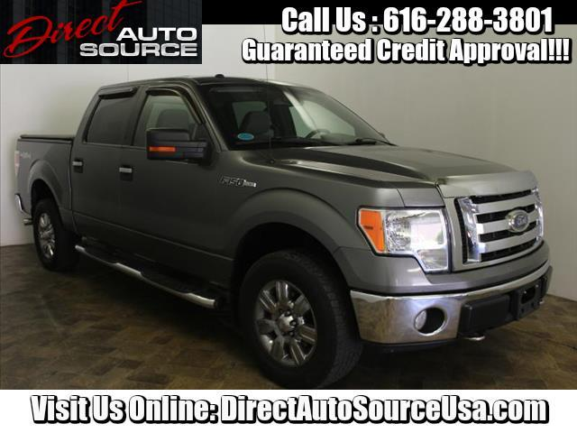 "2009 Ford F-150 4WD SuperCrew 139"" XLT"