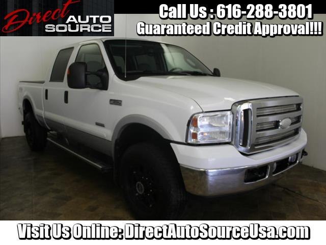 2005 Ford F-350 SD Lariat Crew Cab Short Bed 4WD