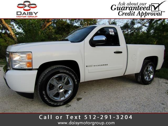 2007 Chevrolet Silverado 1500 Reg. Cab Short Bed 2WD