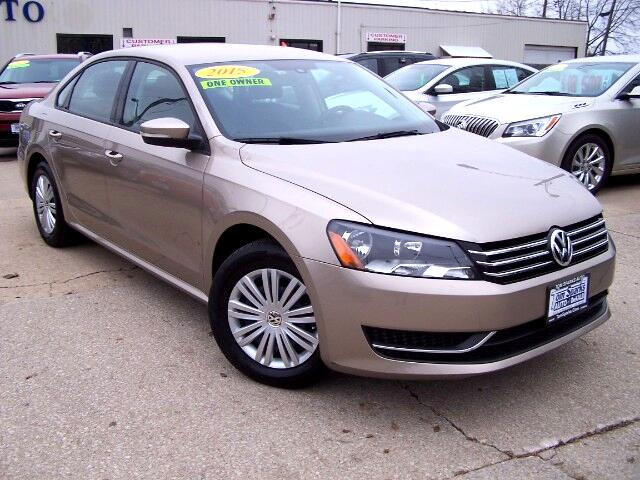 2015 Volkswagen Passat 1.8T S AT