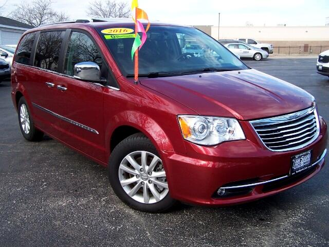 2016 Chrysler Town & Country Limited Platinum