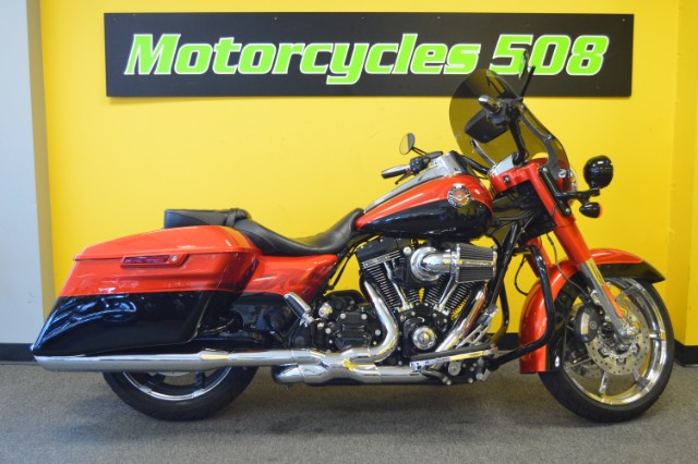 2014 Harley-Davidson Road King CVO Screaming Eagle