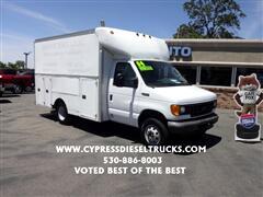 2004 Ford Box Truck