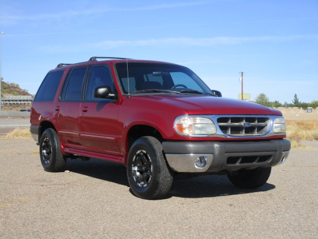 1999 Ford Explorer XL 2WD