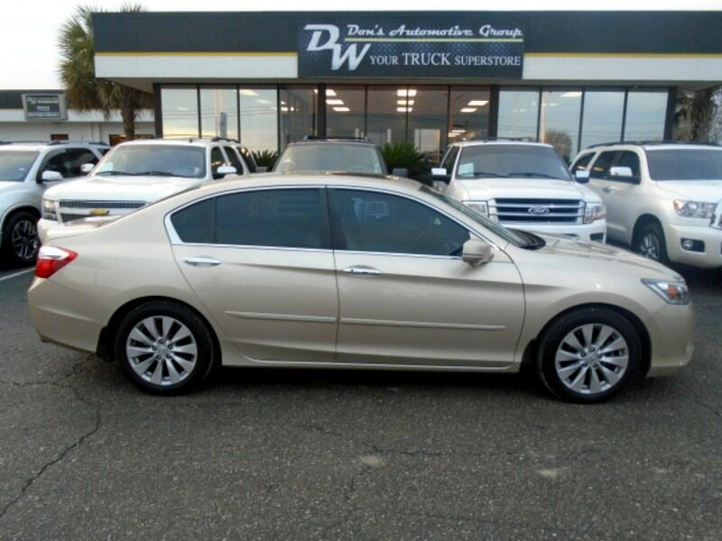 2014 Honda Accord This vehicle has just arrived to our Service Center Dons Wholesale takes pride