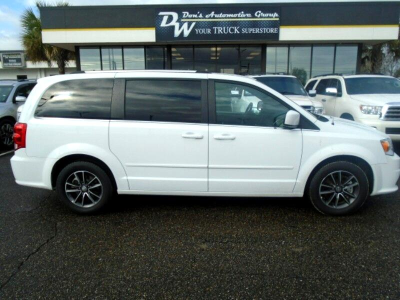 2017 Dodge Grand Caravan This vehicle has just arrived to our Service Center Dons Wholesale takes