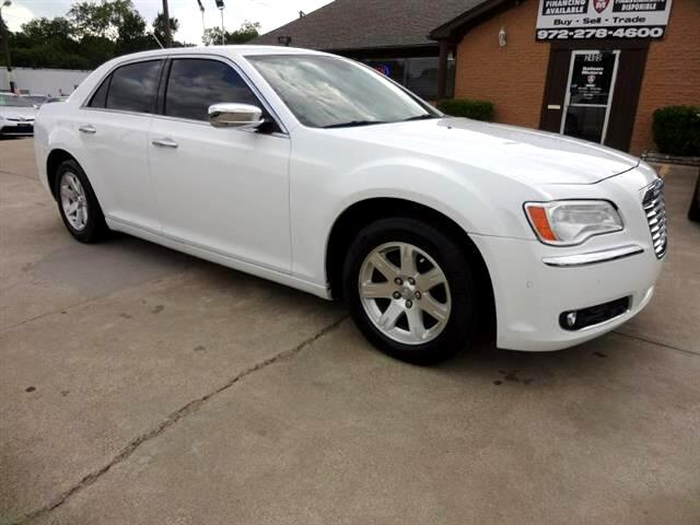 2011 Chrysler 300 Limited RWD