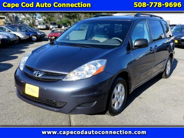 2008 Toyota Sienna LE FWD 7 Passenger