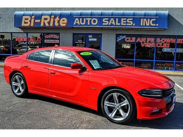 2016 Dodge Charger R/T 5.7L HEMI SPORTY FULL SIZE SEDAN