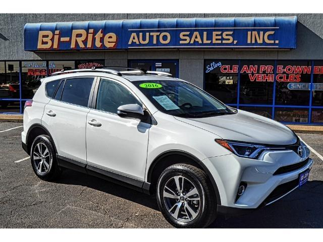 2016 Toyota RAV4 ONE OWNER LOW MILES FACTORY WARRANTY LEATHER SUNRO