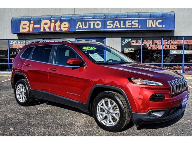 2015 Jeep Cherokee ONE OWNER GREAT MPG LOTS OF CARGO SPACE
