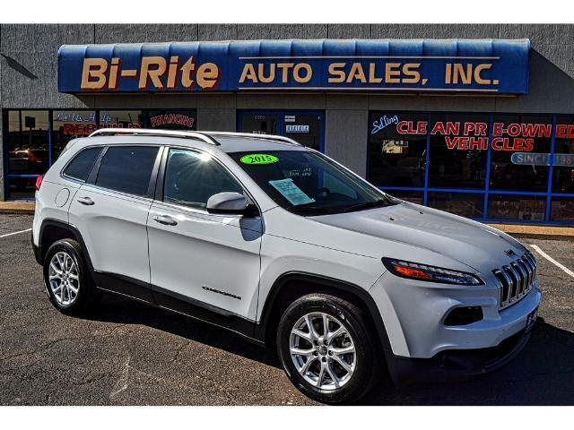 2015 Jeep Cherokee ONE OWNER V-6 SMOOTH RIDE