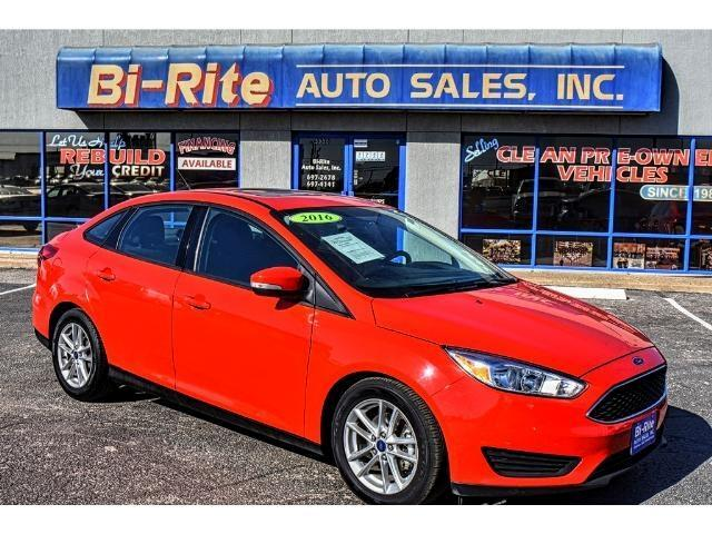 2016 Ford Focus SE ONE OWNER SUNROOF GREAT MPG