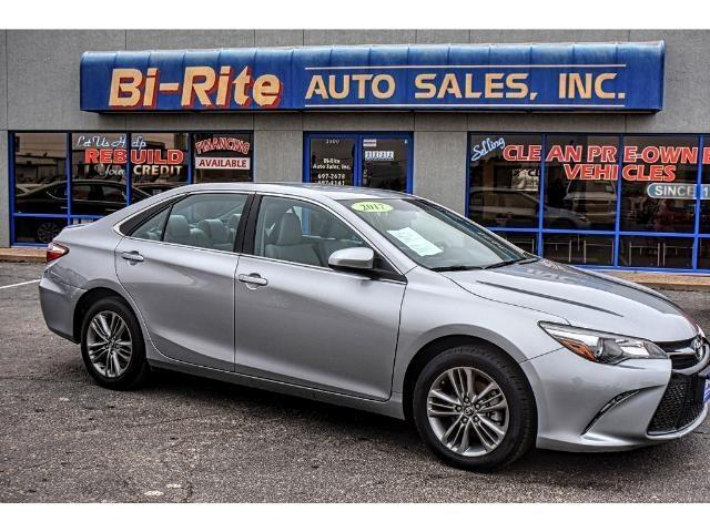 2017 Toyota Camry SE ONE OWNER FACTORY WARRANTY