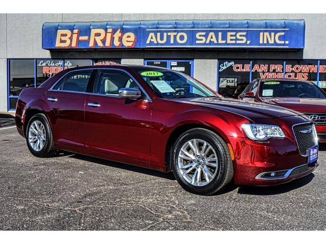 2017 Chrysler 300 ONE OWNER FACTORY WARRANTY LOADED