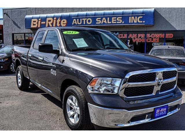 2017 RAM 1500 SLT ONE OWNER FACTORY WARRANTY LIKE NEW