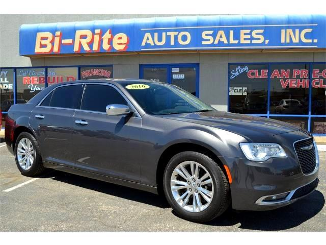 2016 Chrysler 300 LUXARY ONE OWNER LEATHER NAVIGATION SUNROOF