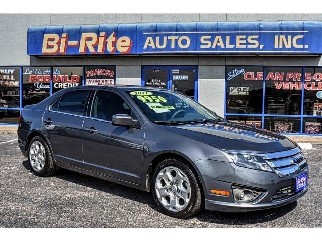 2011 Ford Fusion ONE OWNER LOW MILES GREAT FOR TEEN