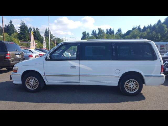 1993 Chrysler Town and Country Base