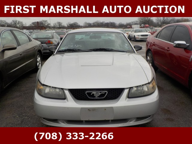 used 2004 ford mustang premium coupe for sale in harvey il 60426 first marshall auto auction. Black Bedroom Furniture Sets. Home Design Ideas