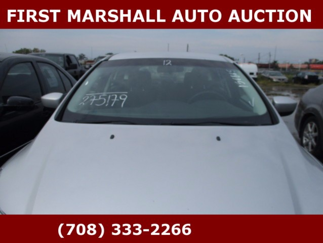 used 2012 ford focus se for sale in harvey il 60426 first marshall auto auction. Black Bedroom Furniture Sets. Home Design Ideas