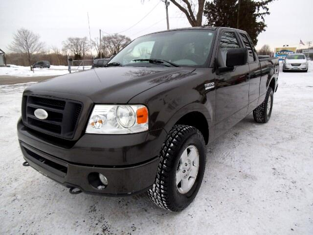 2006 Ford F-150 STX SuperCab 5.5-ft Box 4WD