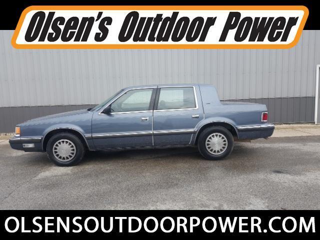 1990 Dodge Dynasty LE