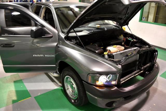 2004 Dodge Ram 1500 ST Quad Cab 2WD