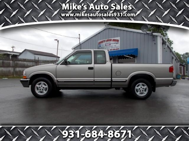 2000 Chevrolet S10 Pickup LS Ext. Cab 4WD