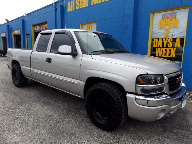 2004 GMC Sierra 1500 Ext. Cab Short Bed 2WD