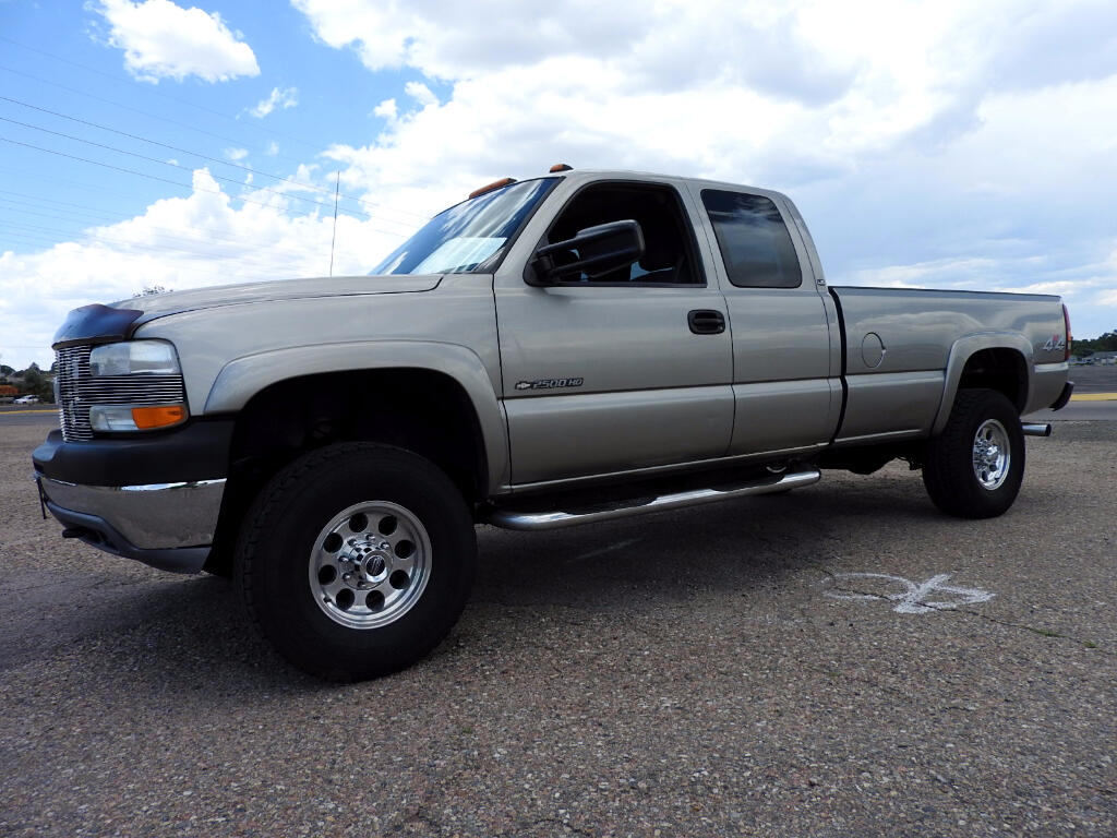 2001 Chevrolet Silverado 2500HD Ext Cab Long Bed 4WD LS