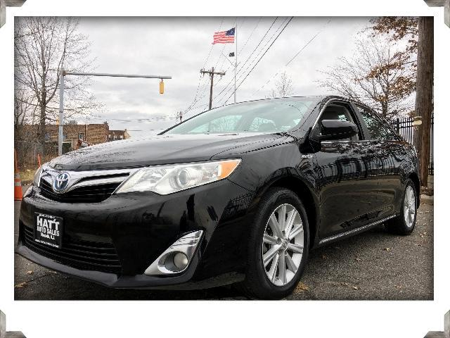 2012 Toyota Camry Hybrid XLE Sunroof with Suede & Leather Trim