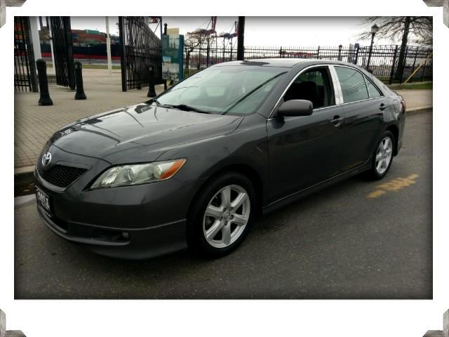 2008 Toyota Camry SE V6 LEATHER WITH SUNROOF & FACTORY NAVIGATION