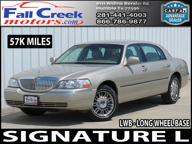 2008 Lincoln Town Car Signature L