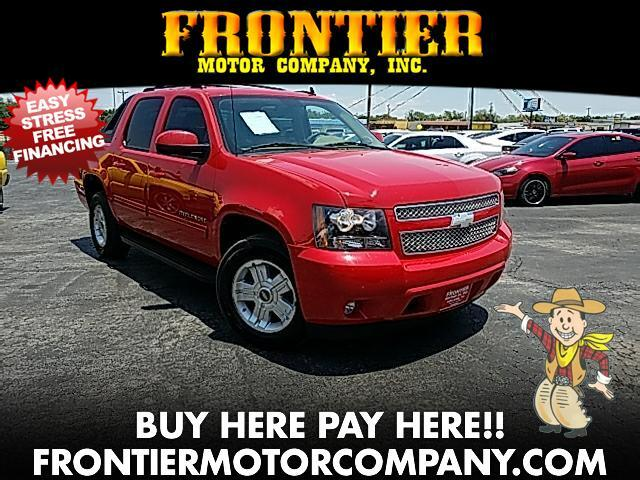 2011 Chevrolet Avalanche LT 2WD