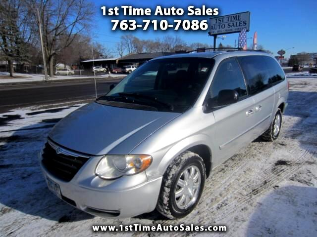 2006 Chrysler Town & Country Touring