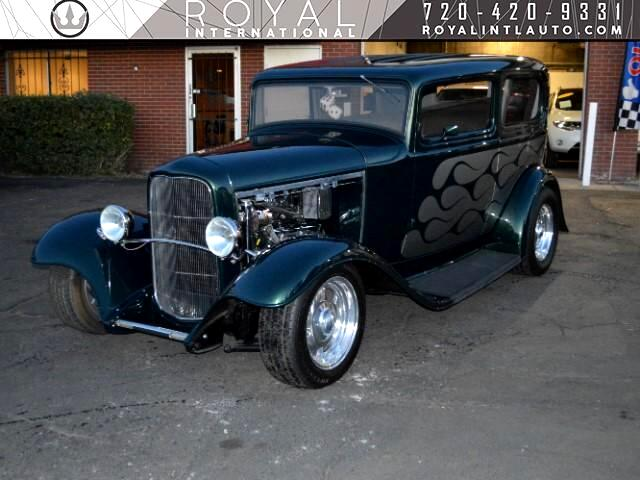 1932 Ford Street Rod 1932 FORD SEDAN 2DR