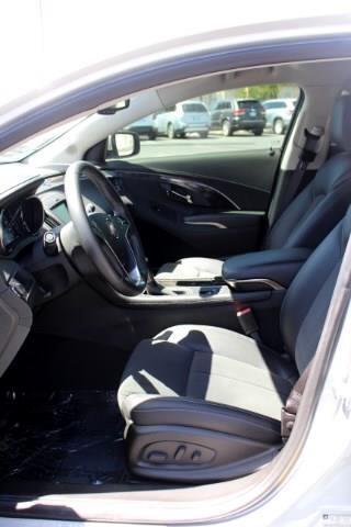 2016 Buick LaCrosse Base