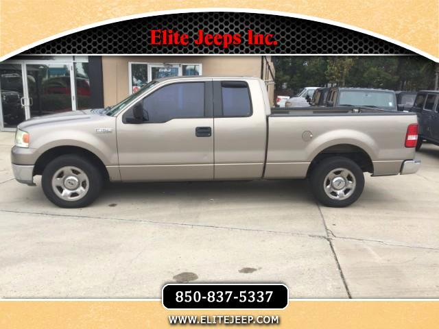 2004 Ford F-150 XL SuperCab Long Bed 2WD