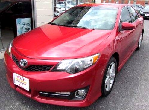 2012 Toyota Camry SE 5-Spd AT