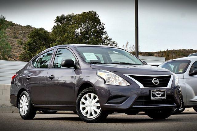 2015 Nissan Versa 1.6 S 4A