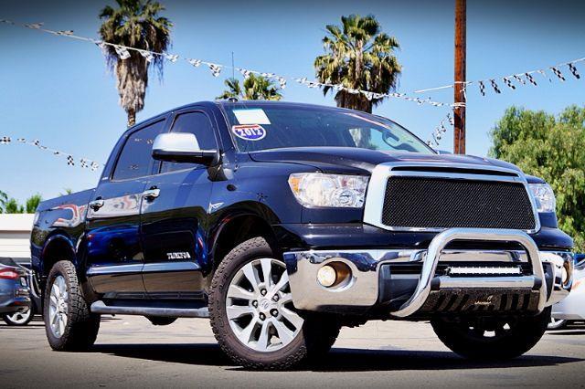 2012 Toyota Tundra Limited 5.7L CrewMax 2WD
