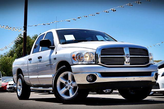 2007 Dodge Ram 1500 SLT Quad Cab Long Bed 2WD