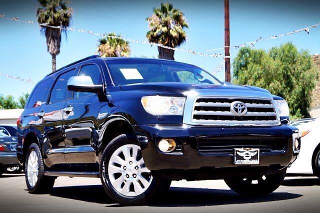 2011 Toyota Sequoia Plantium 2WD