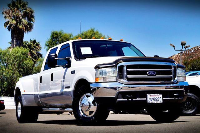 2002 Ford F-350 SD XL Crew Cab Long Bed 2WD DRW