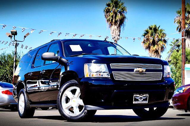 2007 Chevrolet Suburban LS 1500 2WD