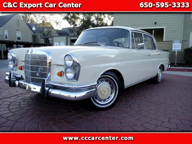1964 Mercedes-Benz 220S