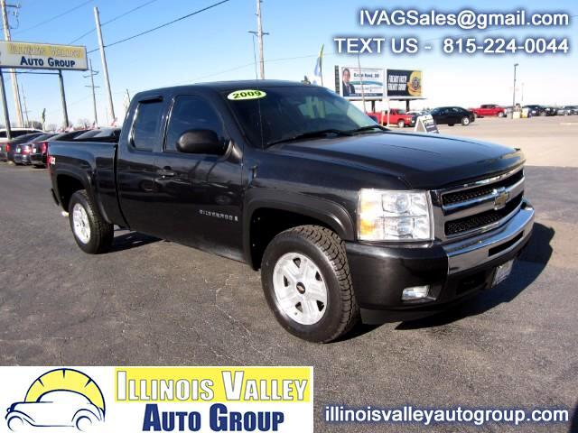 2009 Chevrolet Silverado 1500 LT Ext. Cab Short Bed 4WD